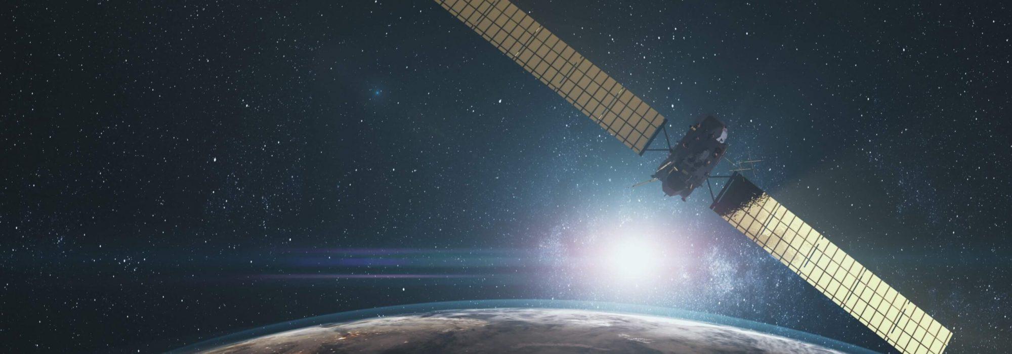 modern-space-probe-flying-near-rotating-planet-X3LNFSW